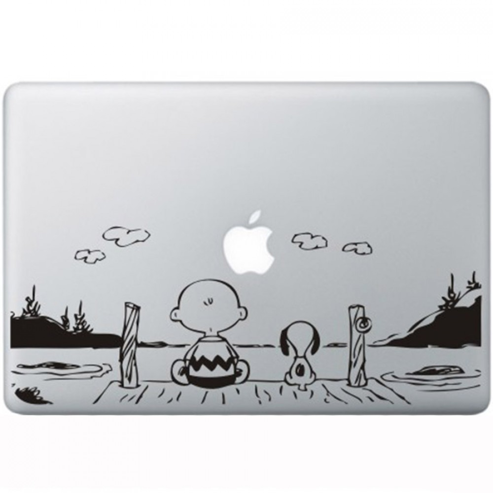 Snoopy en charlie brown macbook decal